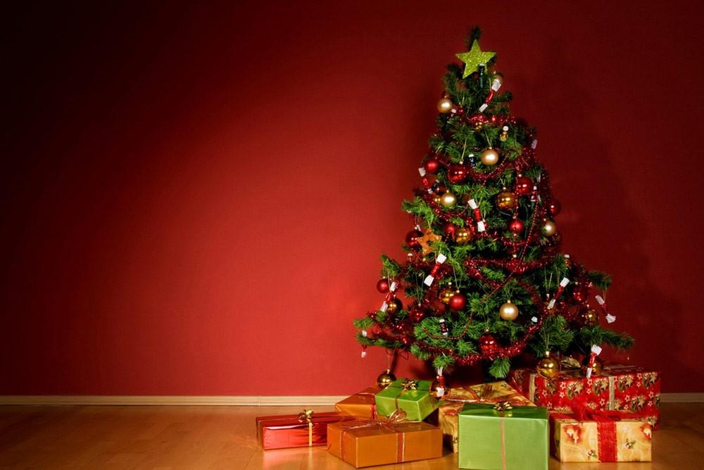 فتوای یک خاخام با ادبیات مفتیهای وهابی: درخت کریسمس شرک و حرام است!